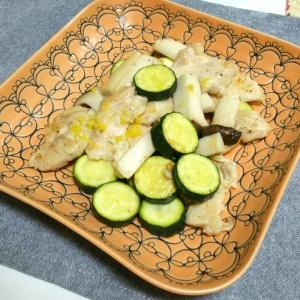 鶏ムネ肉のレモン炒め