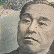 一万円で始められる趣味教えてくれ・・・