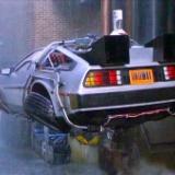 30年前→空飛ぶ車が走るんやろなぁ!