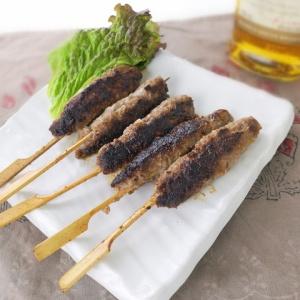 お肉の味がしっかり♪合挽き肉でシシケバブ