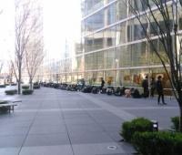 【欅坂46】『デビューカウントダウンライブ』当日券待機列の様子!朝7時時点で70人前後の模様