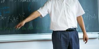 【毒親もヒドイが…】教師も毒いるよね。こういう教師って親は放置で子供責める…最悪。