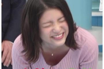 川島海荷という年取るたびにおっぱいの見せ方がエロくなる女