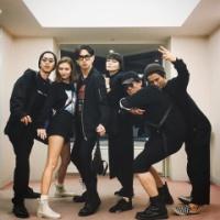 松田翔太&秋元梢、そろってフジロック参戦 ブラックコーデでおそろい「最強にかっこいい夫婦」