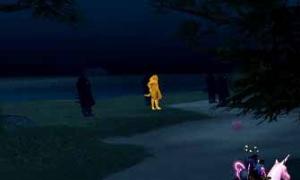 夜の黄金ラットマンの体がやけに明るく光っている