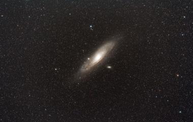 『シグマ150mmF2.8によるアンドロメダ星雲(M31)』の画像