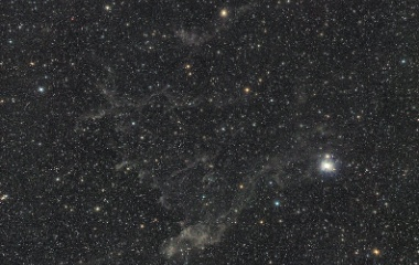 『りゅう座η(エータ)星付近の分子雲』の画像
