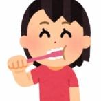 よく漫画とかで寝起きに歯磨きしてるけど