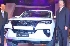 トヨタ、新型SUV『フォーチュナー』発売!(インド市場)