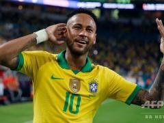 ネイマールというW杯5回の優勝を誇るブラジルの10番を背負っている選手…