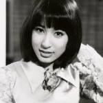 宇多田ヒカルが母について語る 「母は長年精神病で病んでいました」 統合失調症だった!