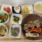 【画像あり】選手村の日本食がこちら。こりゃ毎日食えるはww