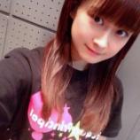『【乃木坂46】ノンシュガーの子が乃木坂のTシャツ着てる・・・』の画像