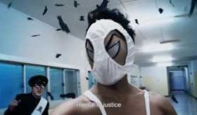 【映画PV】  日本の映画には 変態仮面という HENTAIヒーローの作品があるらしい。  海外の反応