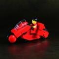 LEGOで「AKIRA」より金田のバイク