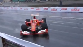【F1】   小林可夢偉 フェラーリF1マシンでクラッシュした 海外の反応
