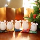 『卵の殻で作る簡単可愛い2020年干支のネズミとミニ座布団の年賀状の作り方』の画像