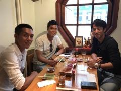 【 画像 】久保裕也と川島永嗣、森岡亮太の3人で食事会でパシャリ!