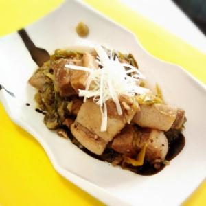 豚バラ肉のスパイス煮込み
