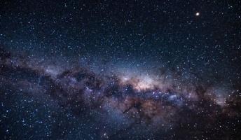 超弦理論「素粒子はひもンゴ」←分かる 「実は宇宙は10次元ンゴ」←まだ分かる