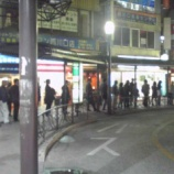 『西川口バス停は長蛇の列』の画像