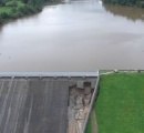 英イングランド中部でダム決壊の恐れ、住民1000人以上が緊急避難