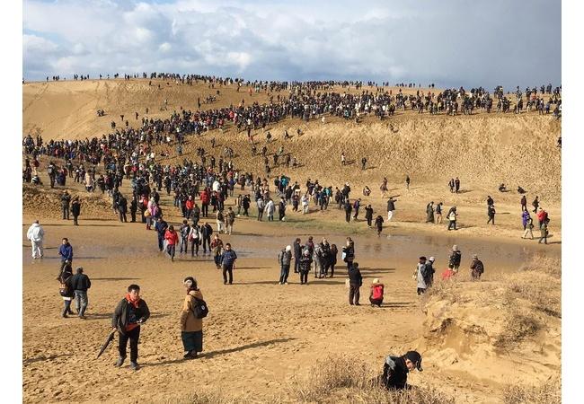 ポケモンGOで鳥取砂丘が凄いことにwwwww