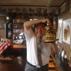 『転勤の記念は・・・・メガHEROバーガー!!』の画像