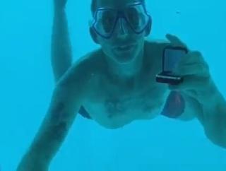 水中でサプライズプロポーズした男性、溺れ死んでしまう