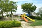 どなたか!森北の公園に『子ども用キャップとサンダル』忘れてますよ!〜岩船小学校前の公園のところ〜
