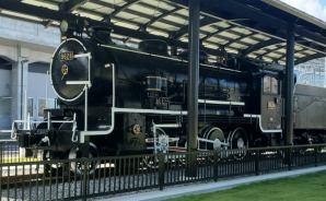 富山駅北で蒸気機関車を一般開放