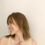 """『【動画あり】""""どう…?♡"""" 白石麻衣さん『胸鎖乳突筋』を見せつけるwwwwww』の画像"""