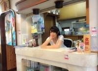 BUBKA「川本紗矢 セクシー銭湯」のオフショットをご覧ください…