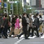 「でもやっぱり日本って凄い」国内の感染者10万人突破。