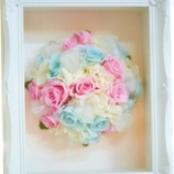 『レッスン生作品【結婚式のブーケをいつまでも残しておけるフレームブーケ】』の画像