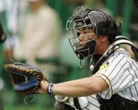 阪神・梅野隆太郎、真の武器はバズーカに非ず。MLB選手も絶賛「地味で痛い」技術とは