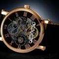 芸術的な美しさを秘めた時計