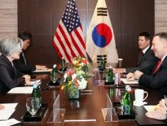 ムン大統領「アメリカとの同盟を事実上停止状態にする」