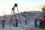 チリ鉱山落盤事故 「お前らクリスマスまで救出ムリだからw」 と伝える