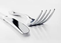 先輩と飯に行ったときって食べる速度を合わせるよな?