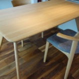 『高松市に日進木工・SOFシリーズのダイニングセットを納品』の画像