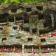 【断崖絶壁に死者を埋葬】インドネシアにある奇怪ながらも伝統ある風習「Tana Toraja」