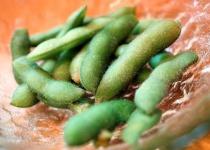 三大実は酒のつまみにならない食べ物 枝豆 餃子