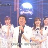 【NHK紅白歌合戦】五木ひろしの後ろでAKB48が踊ってた