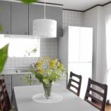 『花とグリーンのある暮らし! IKEAのフラワーベースで海外風にアレンジ!!』の画像