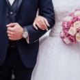 なぜ不倫するのに結婚するのか