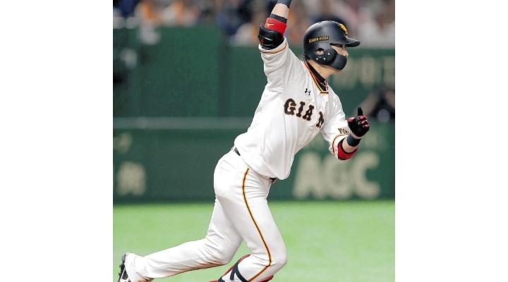 巨人・亀井善行(37) 通算924安打 90本塁打!