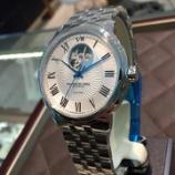 『アンダー20万円で本格機械式時計《レイモンドウェル》』の画像