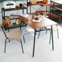 ダイニングテーブルは、サイズ90cmと120cmの…