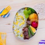 『トウモロコシご飯とパン粉なしのコロッケの息子弁当』の画像